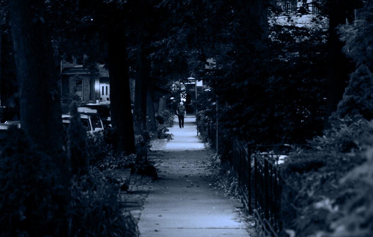 alone01